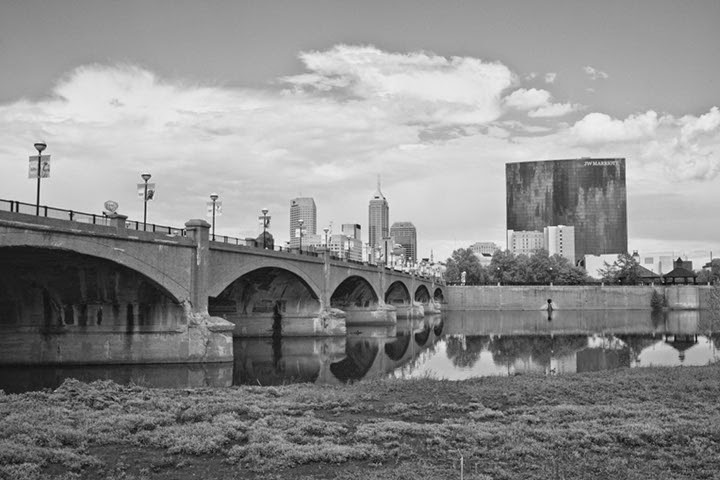 Indianapolis-Architecture-black-and-white-Indy-skyline-sequel-wmiii.co-