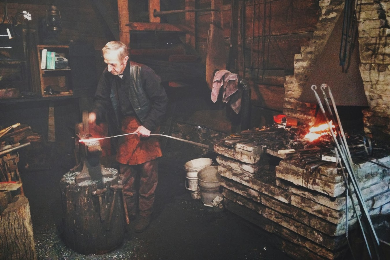 iPhone5-Spring-Mill-Blacksmith-wmiii.co-1