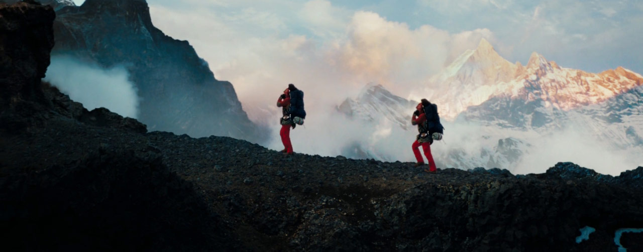 the-secret-life-of-walter-mitty_ben-stiller_mountain-trek_film-panoramas